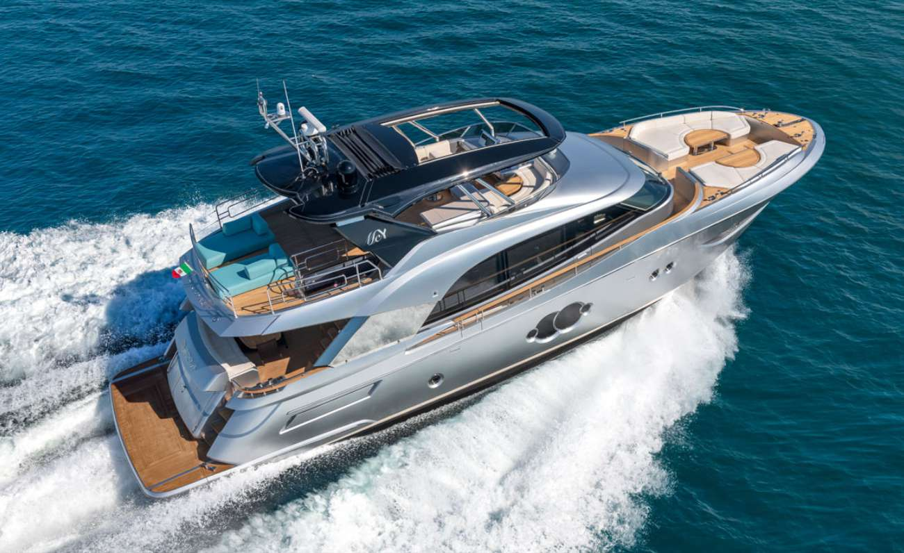MCY 76 Monte Carlo Yachts